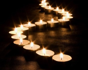 candle_light_river