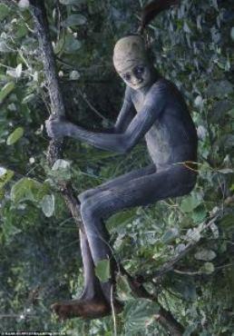 Omo child - Erhiopia
