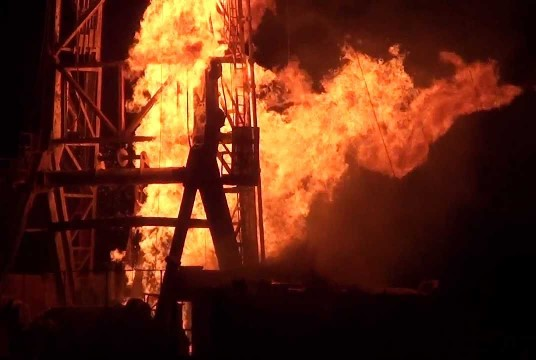 Oil Rig blowout fire