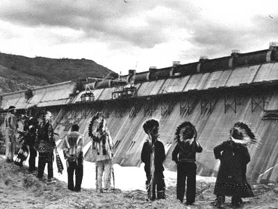 Chiefs-Grand-Coulee-Dam 1942