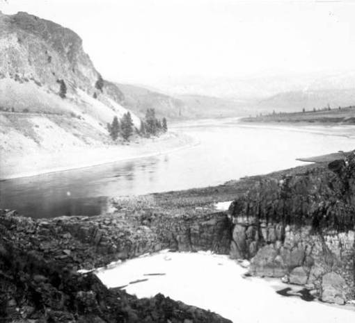 Colubia River near Coulee circa 1908