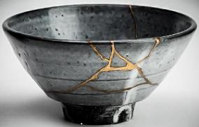 Kintsugi 2 grey bowl