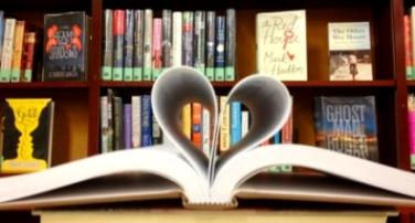 BookHeart2