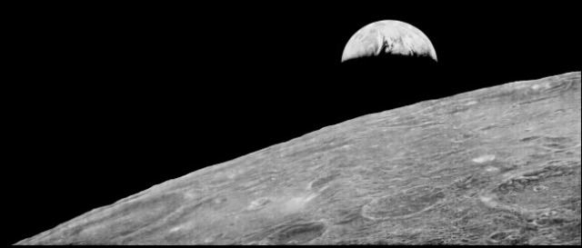 First_View_of_Earth_from_Moon_