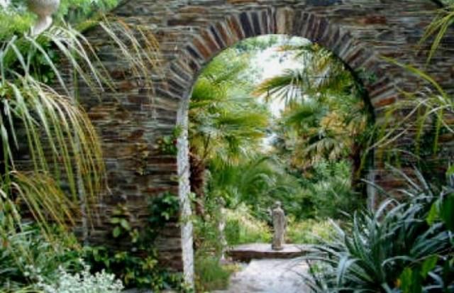 lamorran garden St Mawes