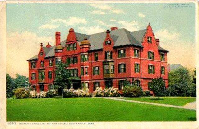 Mount Holyoke 1908 OldRockefellerHall