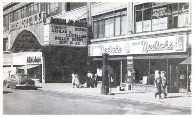 Nedicks store at Madison Square Gardens