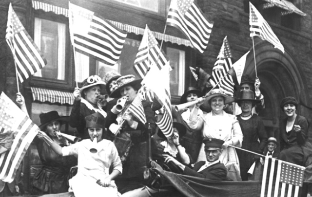 suffragettes-celebrating 19th Amendment 1920