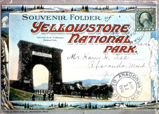 Souvenir Folder (postcard) of Yellowstone National Park;Sent August 12, 1916