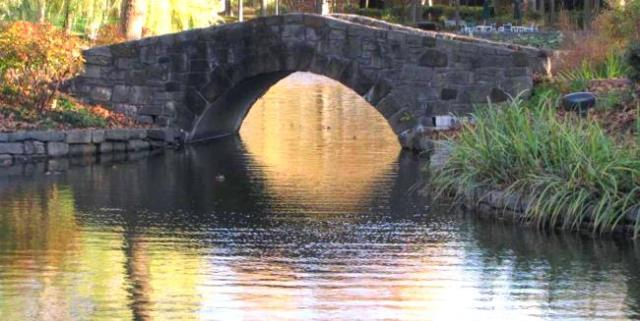arched_stone_bridge_carnegie_center_duke_and_princeton