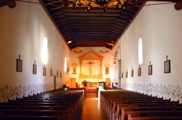 Mission-San-Luis-Obispo-de-Tolosa-interior