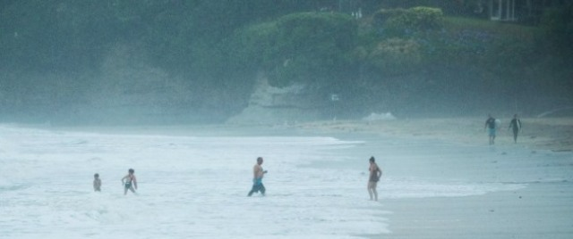 rainy-takapuna-beach-nz