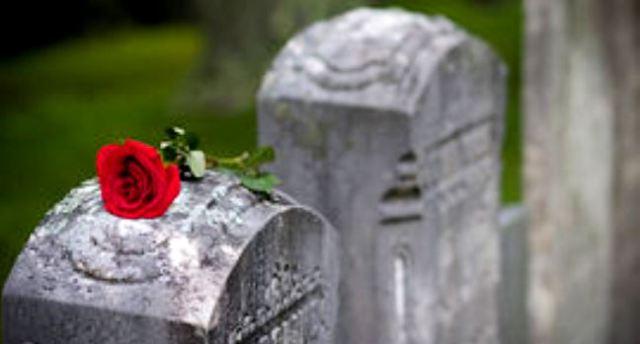 rose-on-headstone