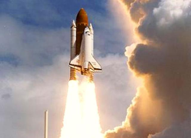 Space shuttle Discovery launch 1994