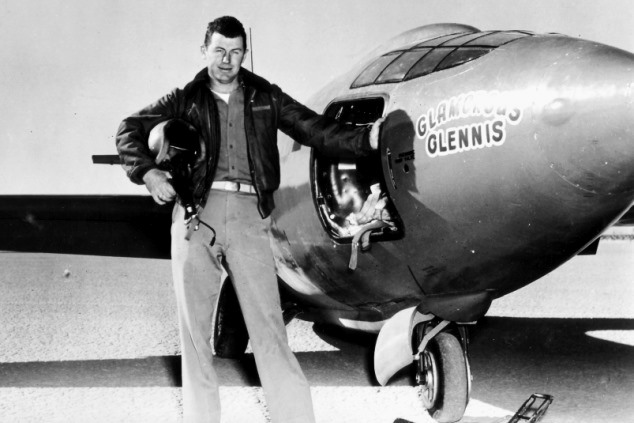 chuck-yeager-and-glamorous-glennis