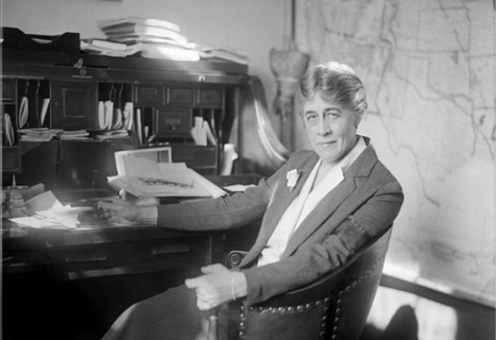 congresswoman-ruth-bryan-owen-in-her-office-april-13-1929