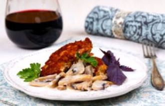 grilled-meat-mushrooms-red-wine