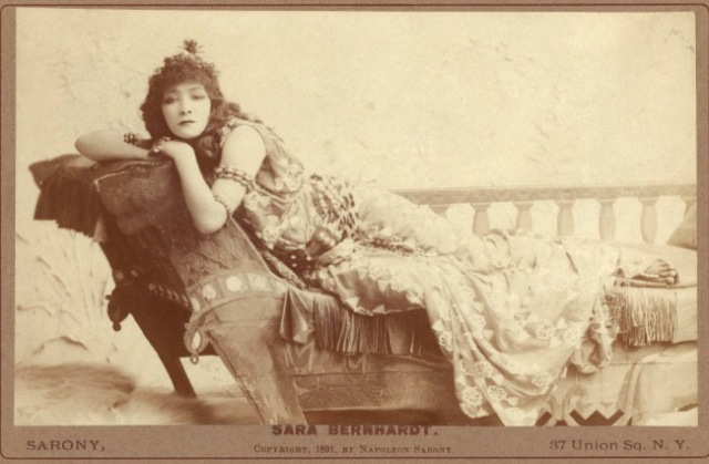 sarah_bernhardt-cleopatra-harvard_theatre_collection