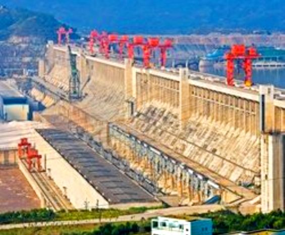 chinese-engineers-divert-the-yangtze-river-to-begin-work-on-three-gorges-dam
