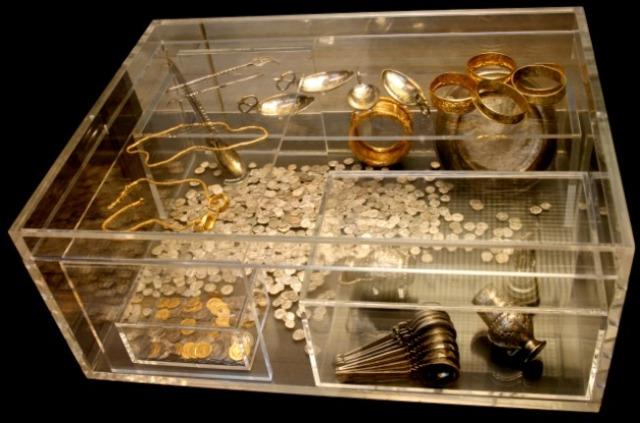 Hoxne Hoard treasure