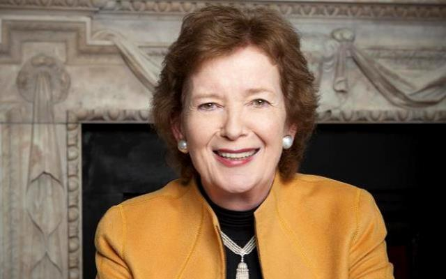 mary-robinson-first-woman-president-of-the-republic-of-ireland