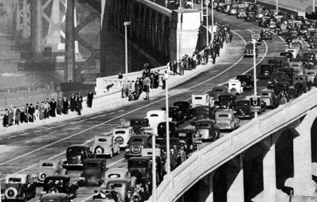 nov-12-1936-bay-bridge-dedication-w-pedestrians