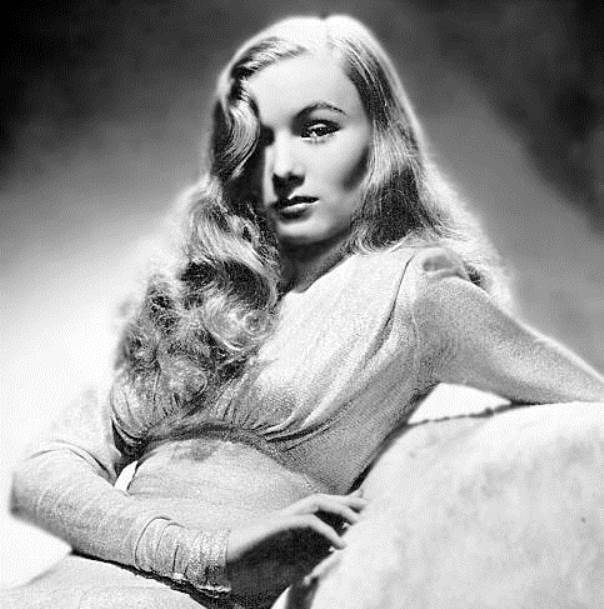 veronica-lake-peek-a-boo