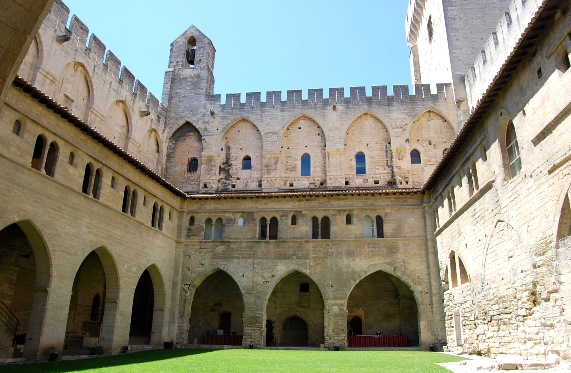 palace-of-the-popes-at-avignon