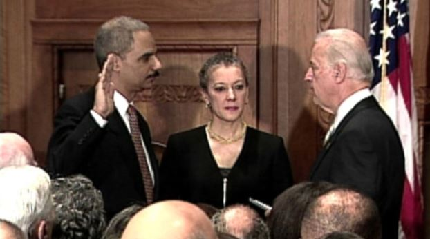 eric-holder_sworn-in-as-us-atty-gen