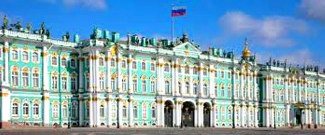 new-hermitage-museum-in-saint-petersburg
