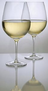 two-glasses-white-wine