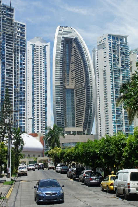 Panama_08_2013_Trump_Ocean_Tower_7086_1_[1]